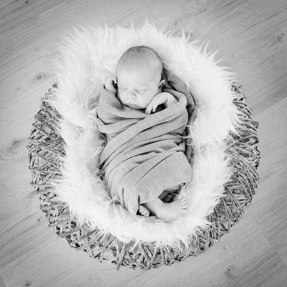 foto de Photographe bébé lyon: des portraits inoubliables au studio